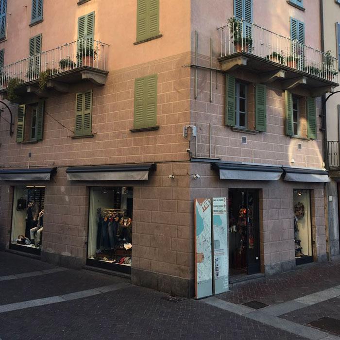 Shopping in Como - Menswear Diana