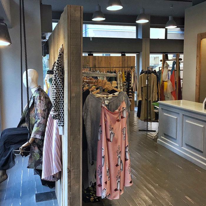 Shopping in Como Cernobbio - Womenswear Penny Lou