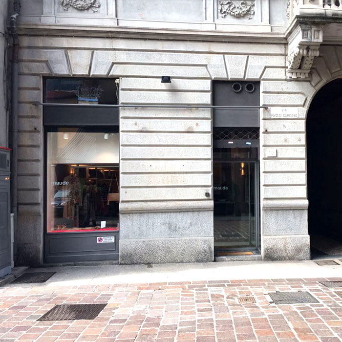 Shopping in Como - Womenswear Maude