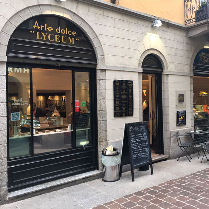 Arte Dolce Lyceum Coffe and Pastry Shop in Como