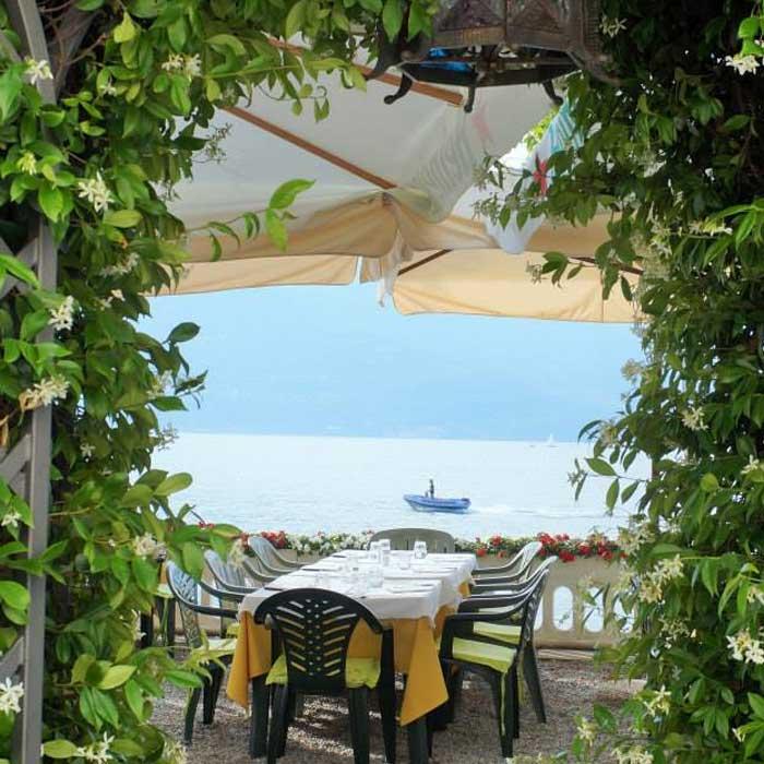 Restaurant Cavallo Bianco, Bellano, Como lake