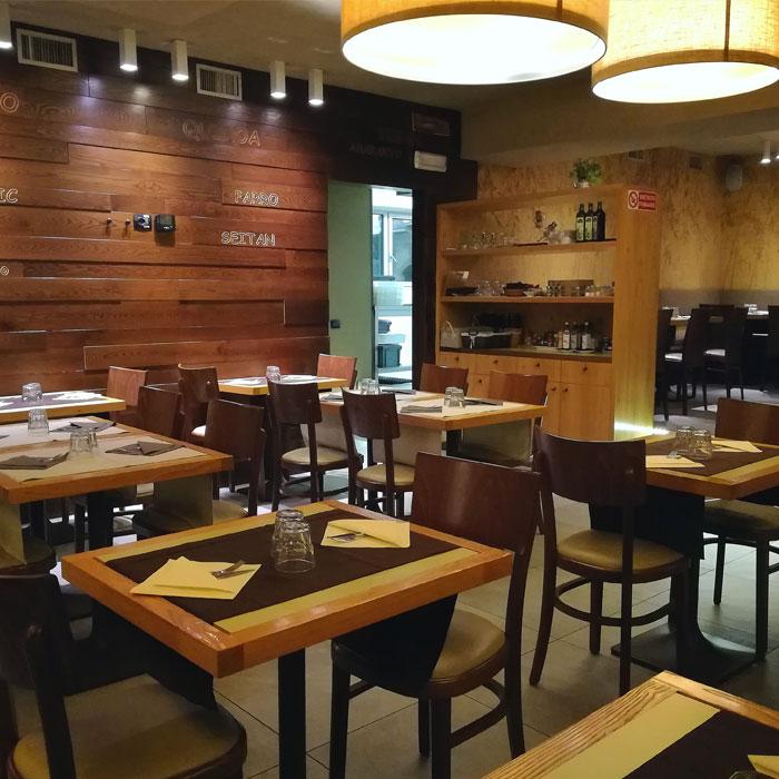 rajas-cafe-merone