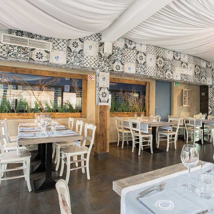 Restaurant Delfino Blu Lipomo Como